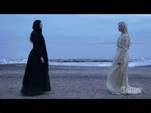 Vanessa and Mina - Showtime